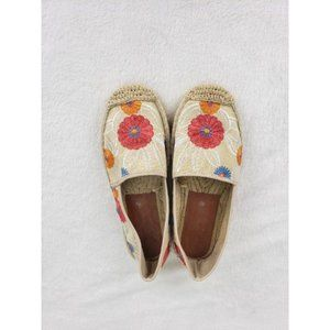 Floral Embroidered Flat Espadrilles Size 10